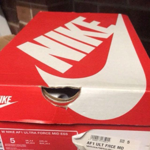 Nike shoes size 5 used it once it's not really the right size too tight on me I had to sell it