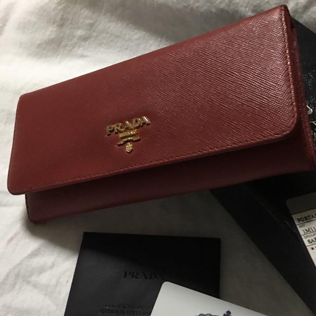 2109e39da11a Prada saffiano Long Wallet Authentic **reserved **, Luxury, Bags ...