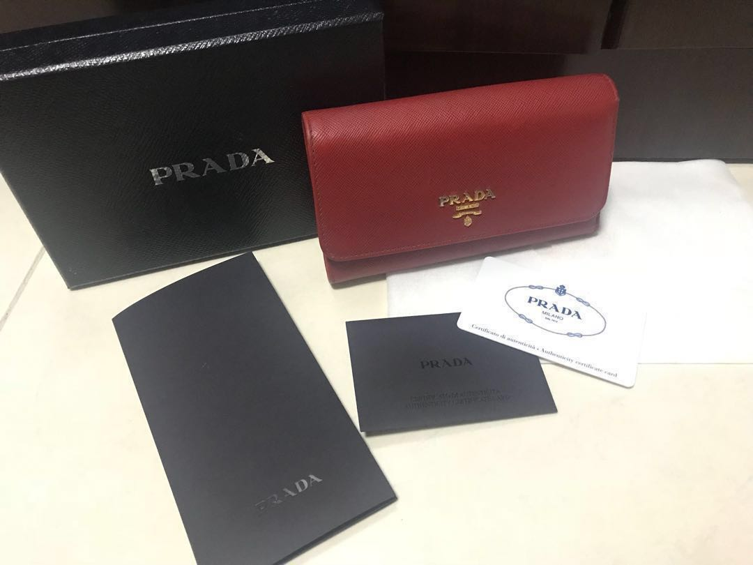 ffac9e284119 Pre-Owned Prada Wallet, Luxury, Bags & Wallets, Wallets on Carousell