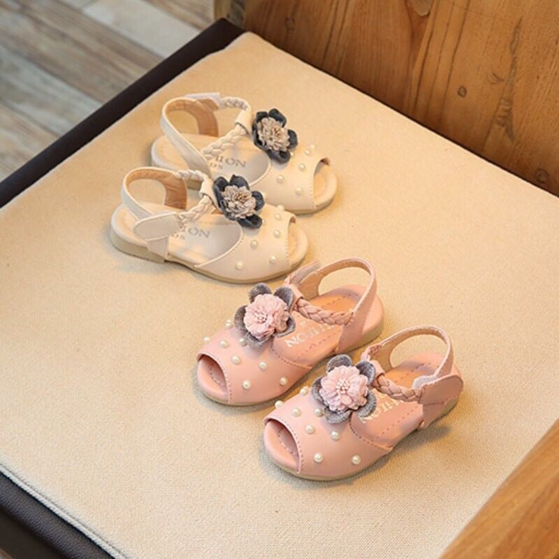11869423564 Toddler girl floral pearl leather sandals