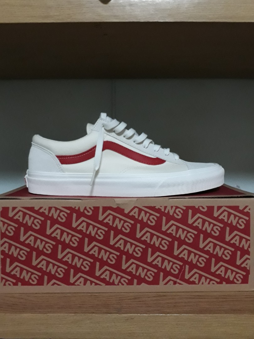 8801991631 Vans Style 36 Marshmallow Racing Red
