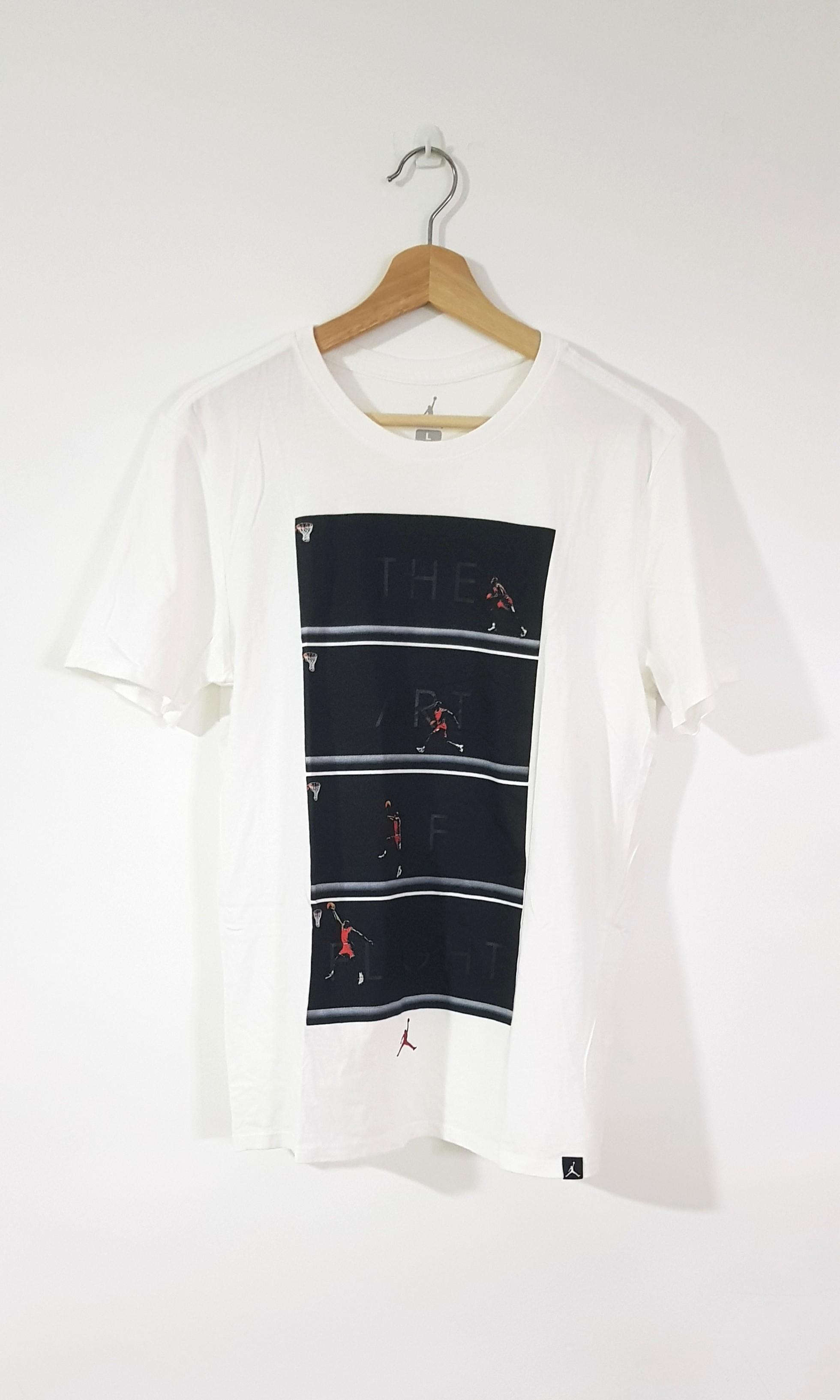 32b5bbc175d3 Vintage Air Jordan Tshirt (micheal Jordan), Men's Fashion, Clothes ...