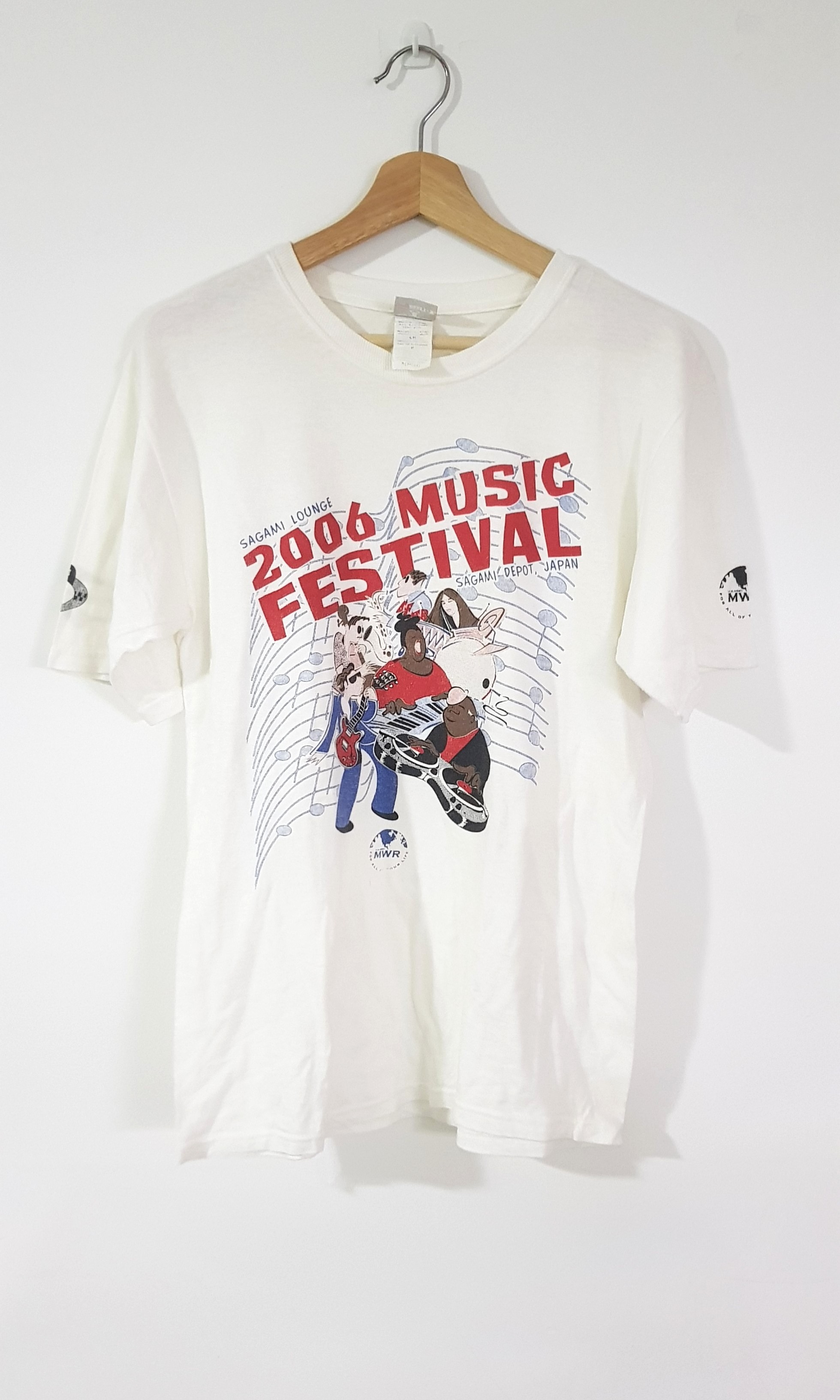 5a1760f9 Vintage Japan Music Festival 2006 Tshirt, Men's Fashion, Clothes ...