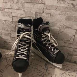 Women's hockey skates size 8