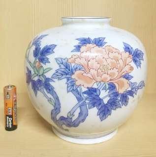 Fine and Porcelain Ceramics