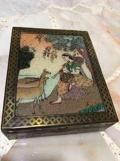 Box with Indian painting design