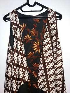 Outer Batik Wanita