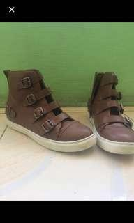 CLN Brown Boots