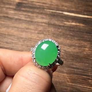 天然翡翠A貨18K金鑲嵌陽綠戒指