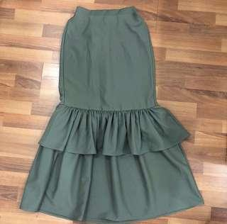 Green ruffles skirt