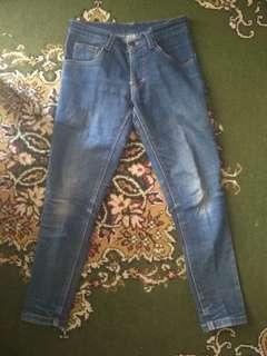 Celana Jeans Wanita 30