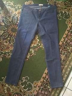 Celana Jeans  Wanita 36 (New)