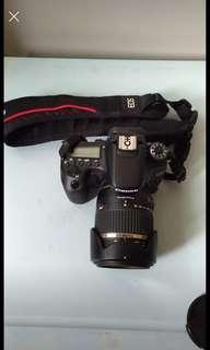 🚚 數位單眼相機 Canon 70D搭配18到270mm騰龍的旅遊鏡