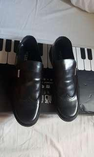 ICEBERG SHOES ( MADE IN ITALY)