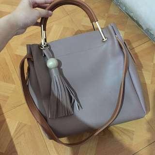 Shoulder Bag Warna beige