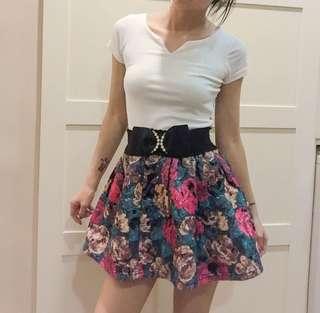 🚚 毛呢傘裙/花朵