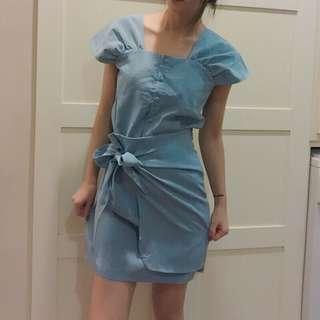 🚚 淺藍兩件式套裝