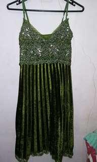 Party dress bludru