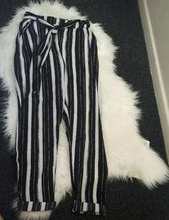 Tie pants