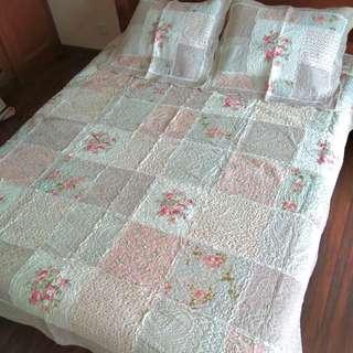 230 x 250 Shabby Chic Bedcover Set Quilt Patchwork Motif Bunga Kalem