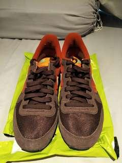 Nike shoe Internationlist