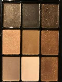 NYX Love in Paris eyeshadow palette