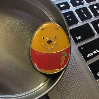 香港迪士尼襟章 winnie the pooh DISNEY PIN disney pin trading 迪士尼徽章交換