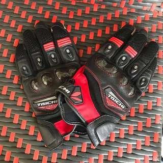 Taichi glove. Rst418