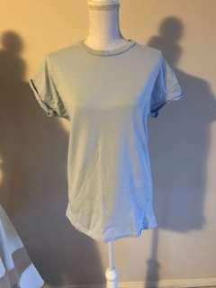 Cotton on t shirt size M