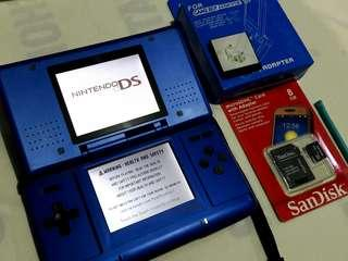 Nintendo ds with 8gb 115 games