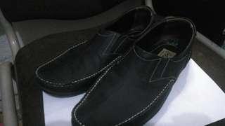 Sepatu kulit crocodile size 42