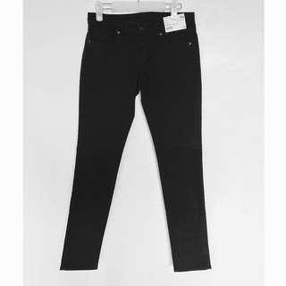 Uniqlo brand new skinny fit straight jeans black