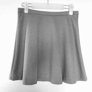 Uniqlo skater flare skirt gray