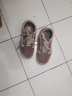 Sepatu original Vans dijual apa adanya free ongkir