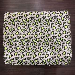 New gray leopard scarf