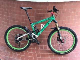 Famous Commencal Full suspension bike