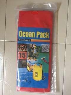 Ocean Pack 15L Red