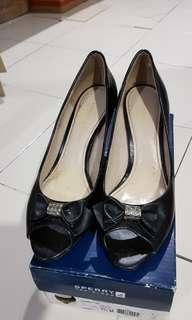 REPRICED!!CHARLES AND KEITH BLACK MID-HEEL SHOES