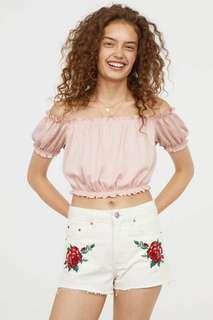 H&M ruffled pink off shoulder crop top