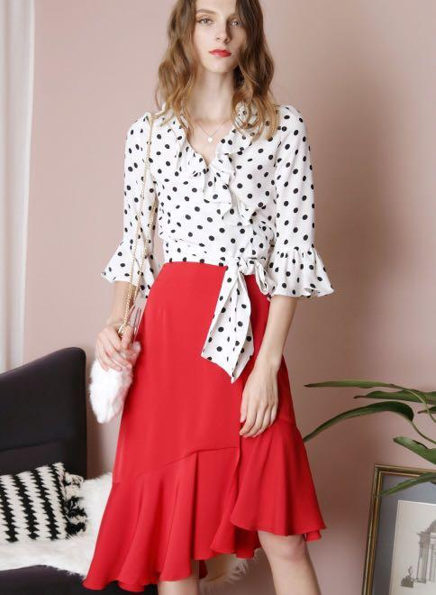 Andwelldressed Polka dot cropped top