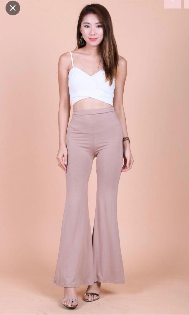 1767655da7f65d BNWT Topazette Via Underwrap Crop Top, Women's Fashion, Clothes ...