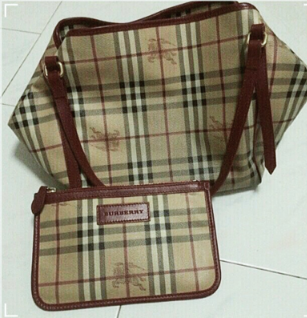 29828232cd7 Burberry Bag, Luxury, Bags   Wallets, Handbags on Carousell