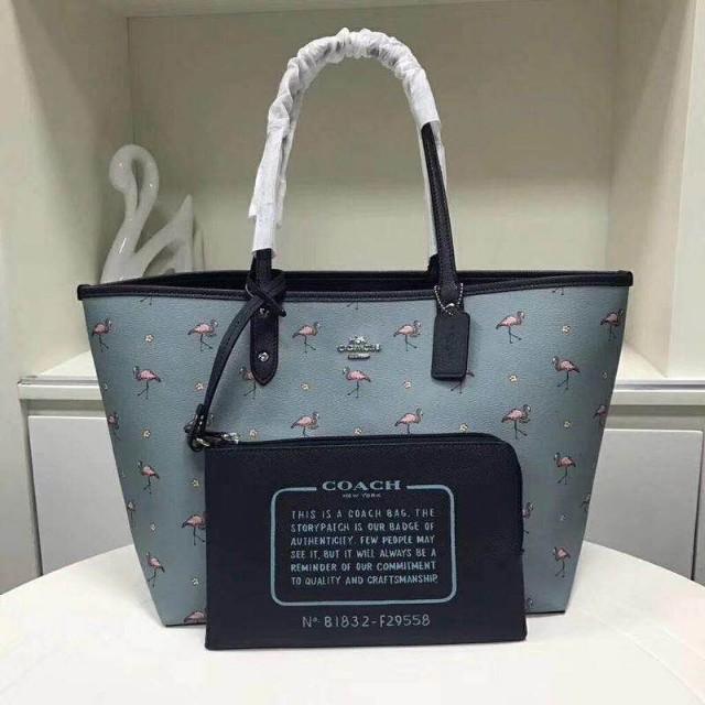 ae0dbf27bd1 Coach Reversible Bag, Women's Fashion, Bags & Wallets, Handbags on ...