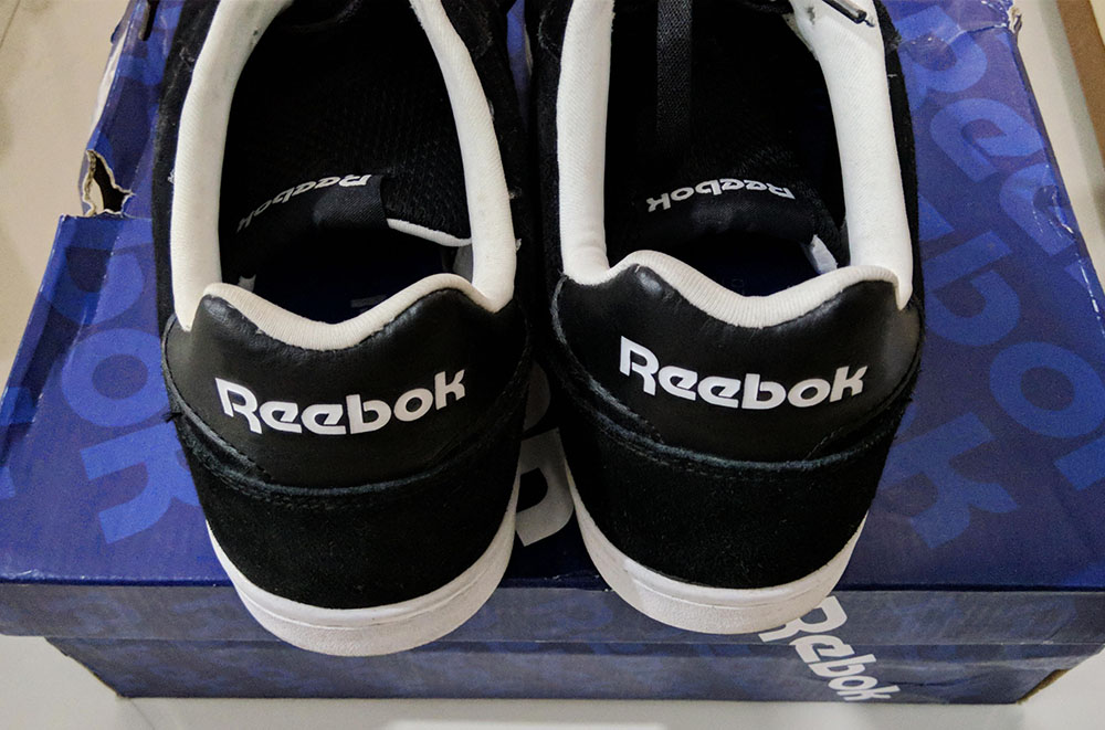 e4c96f95762bb Reebok Classic Leather Suede Sneakers Rubber shoes - Black (Men s  Size 10  US) w  Free Bag   Insoles