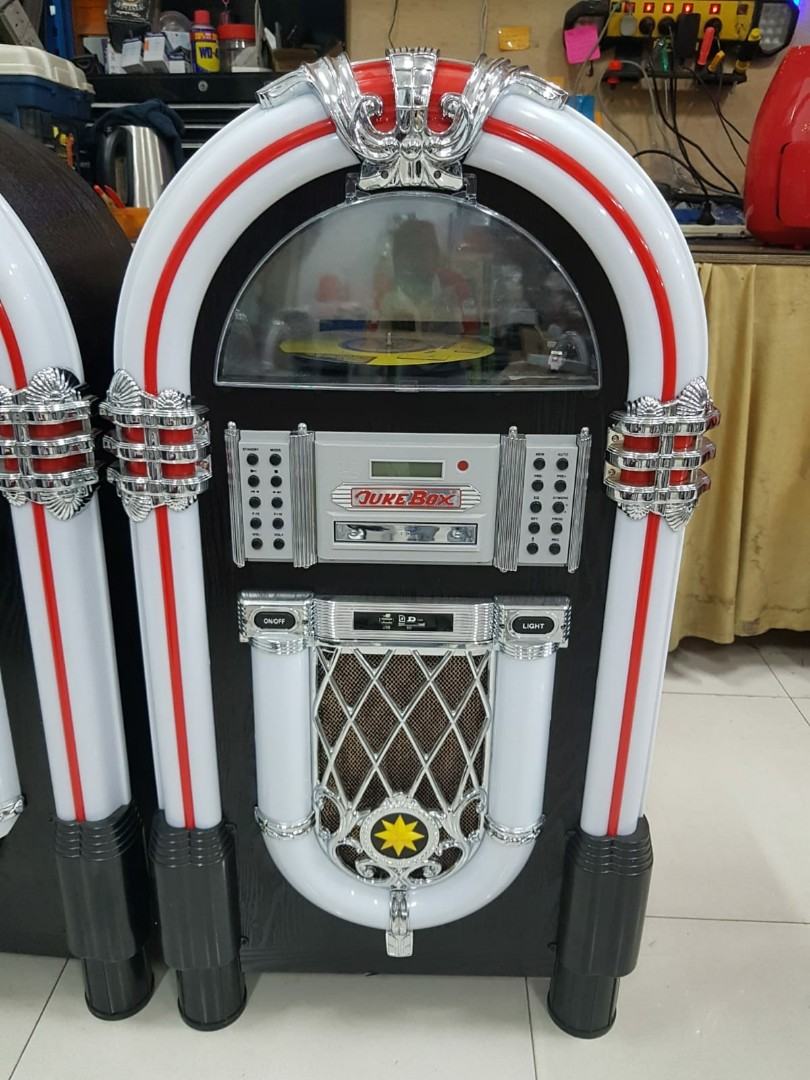 SIGNIFY Jukebox with Turntable, (with Bluetooth, CD player, FM, USB input &  SD card), Model: EA0863