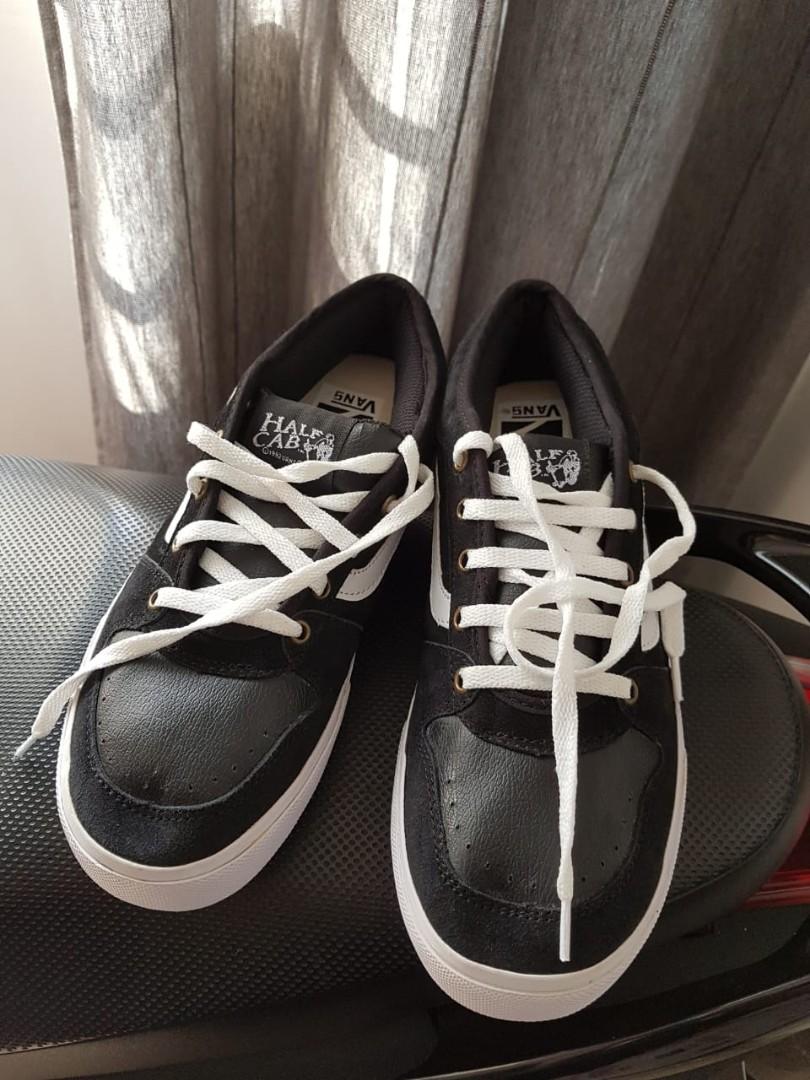 51b599fe1144f6 Vans original skate board shoes