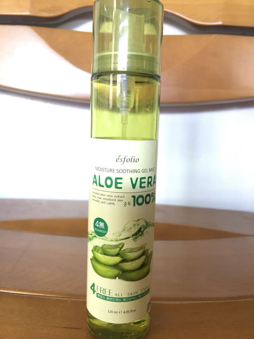 With Freebie Esfolio Aloe Vera Gel Mist Preloved Health Secret Key Fresh Toner 248ml Beauty Skin Bath Body On Carousell