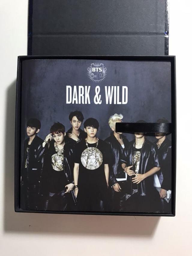 [WTS] BTS DARK AND WILD