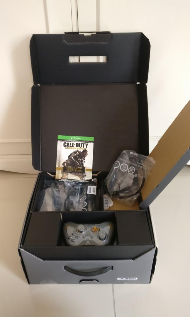 Xbox one special edition Call of Duty Advance warfare bundle, 1TB HDD