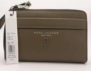 BN Marc Jacobs Smooth Leather Phone Wristlet Wallet